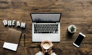 特化型ブログは何を書く?